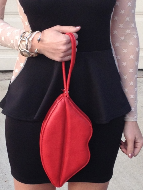 Red Lips Clutch & Gold Jewelry
