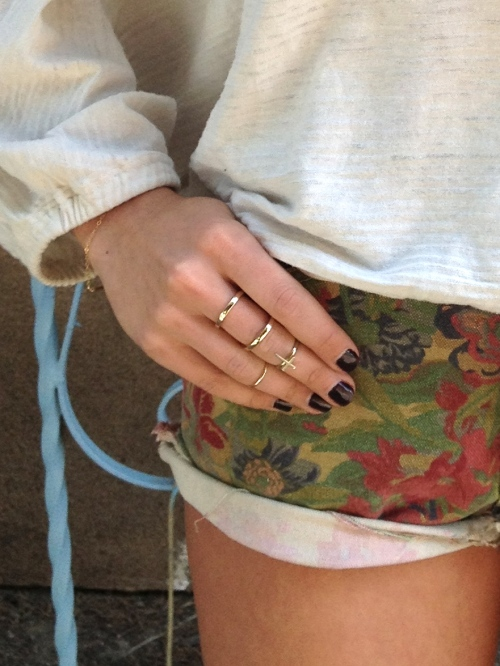 vintage tapestry cutoffs and gold rings